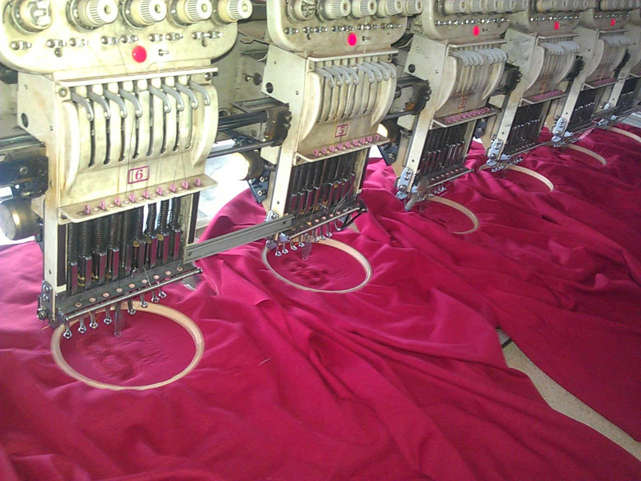 regular-embroidery-process-2
